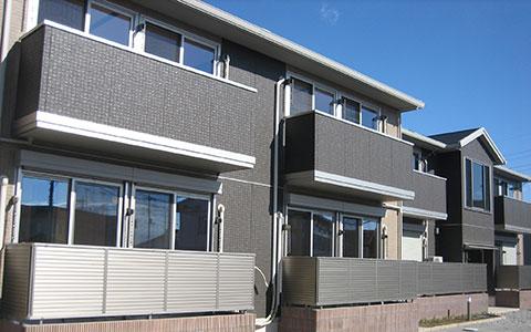 相続された住宅分譲に難しい形の土地にアパート建築